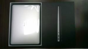 """Супер-приз Яблочной осени №1 -  ультрабук Apple MacBook Air 13.3"""" MC965, лучший друг веб-мастера :)"""